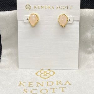 New Kendra Scott Gold Tessa in Rose Quartz